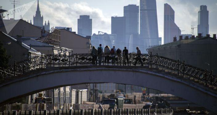Садовнический мост в Москве.