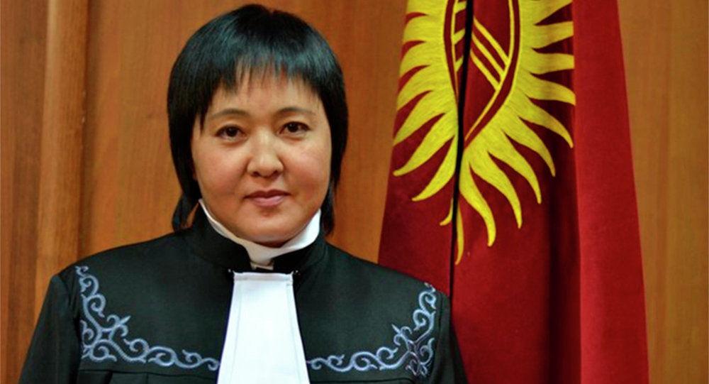 Жогорку соттун Конституциялык палатасынын мурдагы судьясы Клара Сооронкулова. Архив