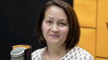 Директор общественного объединения Агентство социальных технологий Зульфия Кочорбаева во время беседы на радио Sputnik