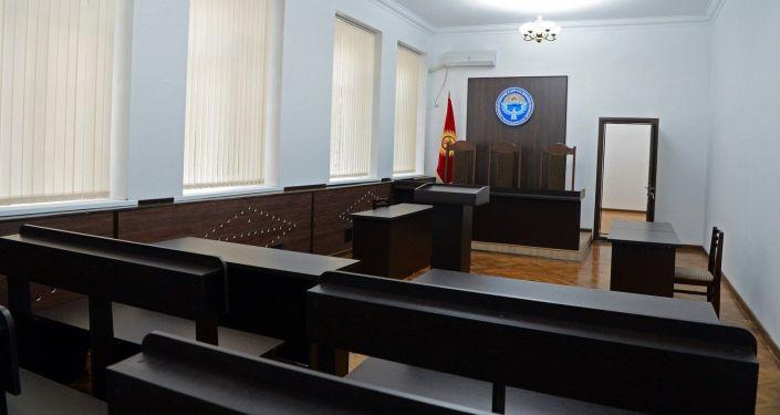 Зал заседания в здании суда. Архивное фото