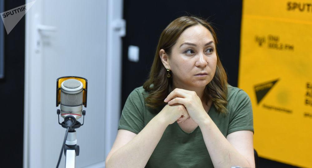 Алмазбек Атамбаевдин кеңешчиси Кундуз Жолдубаева. Архив