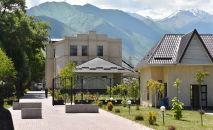 Дом экс-президента КР Алмазбека Атамбаева в селе Кой-Таш Чуйской области