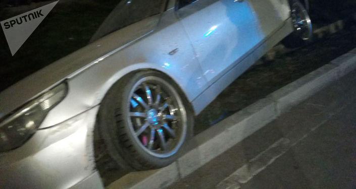 В Бишкеке произошло ДТП с участием трех автомобилей по улице Токомбаева (Южная магистраль) в Бишкеке