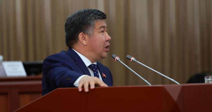 Жогорку Кеңештин депутаты Алмамбет Шыкмаматов