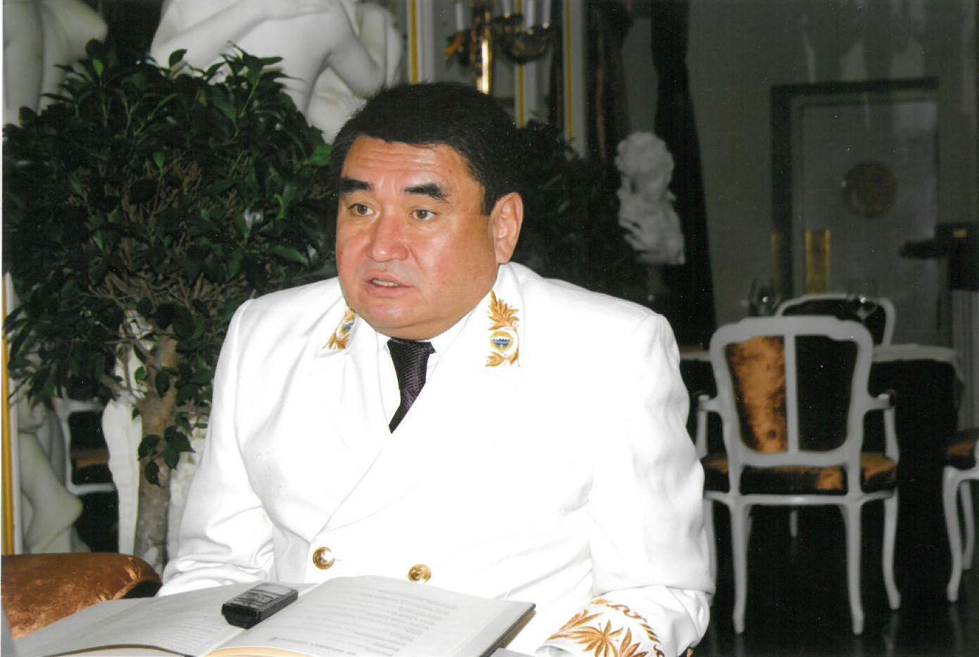 Экс посол Кыргызстана в Таджикистане Эрик Асаналиев
