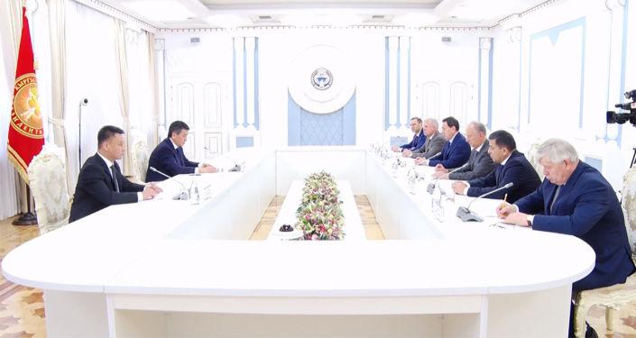 Глава Кыргызстана Сооронбай Жээнбеков встретился с секретарями советов безопасности государств — членов Организации Договора о коллективной безопасности (ОДКБ).