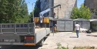 В Бишкеке снесли несколько незаконно возведенных объектов