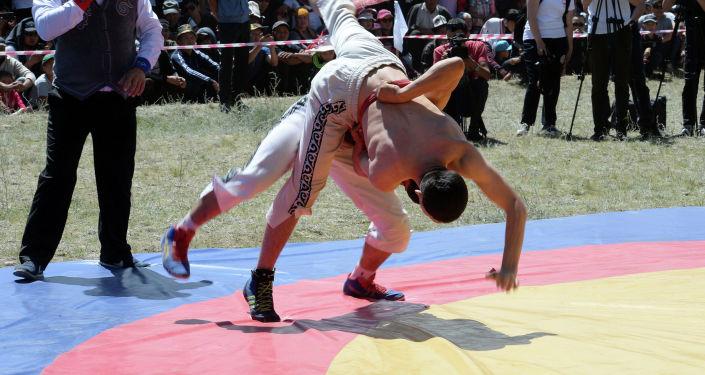 Праздничные мероприятия по случаю 130-летия Каба уулу Кожомкула в Суусамырской долине Жайылского района Чуйской области. 30 июня 2019 года