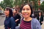 В Лондоне туристка из Таиланда случайно запечатлела на видео, как три девушки украли ее кошелек.