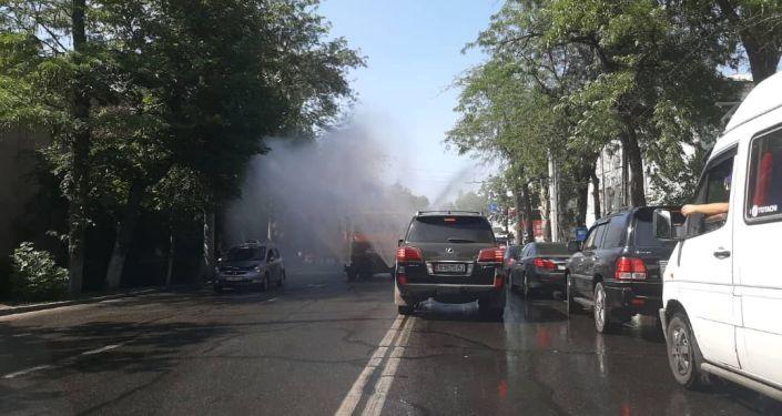 Муниципальное предприятие Тазалык в период аномальной жары будет мыть городские дороги ежечасно