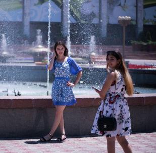Мээ кайнаткан ысыкта Бишкектин тургундары кантти? 10 сүрөт
