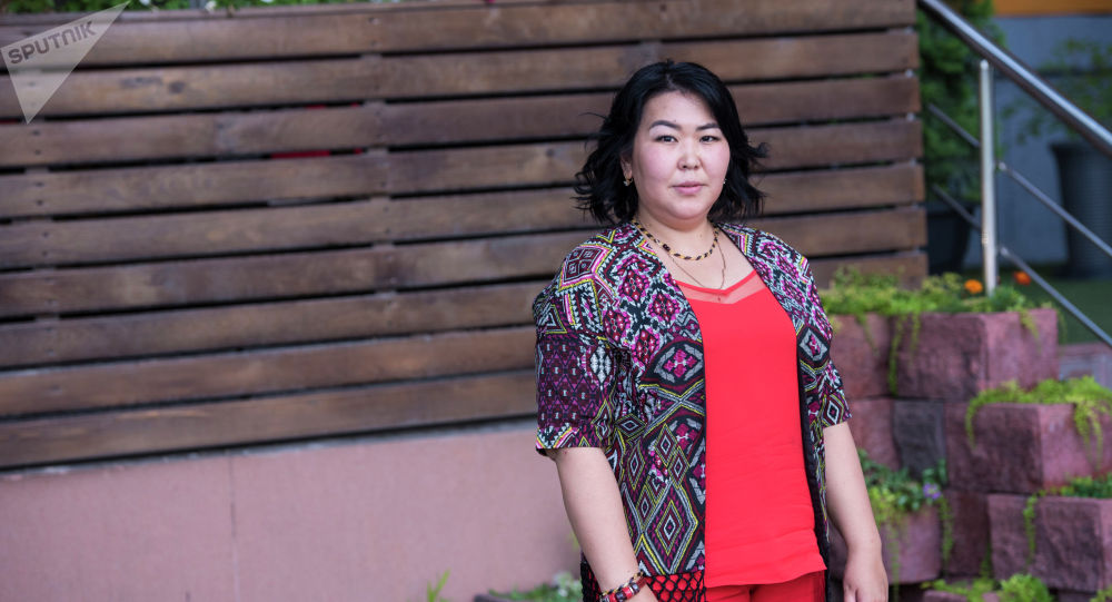 Кыргызстанка Нургуль Каимова, работающая риелтором в Москве