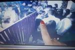 Sputnik Кыргызстан агенттигине өздүк маалымат булактар ЖК депутаты Алиярбек Абжалиевдин уулу кырсык болгонго чейинки мезгилде көңүл ачуучу жайда жүргөн видеосун жиберди.