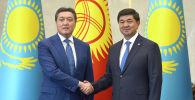 Премьер-министр Кыргызской Республики Мухаммедкалый Абылгазиев встретился с Премьер-министром Республики Казахстан Аскаром Маминым, прибывшим в страну с официальным визитом. Архивное фото