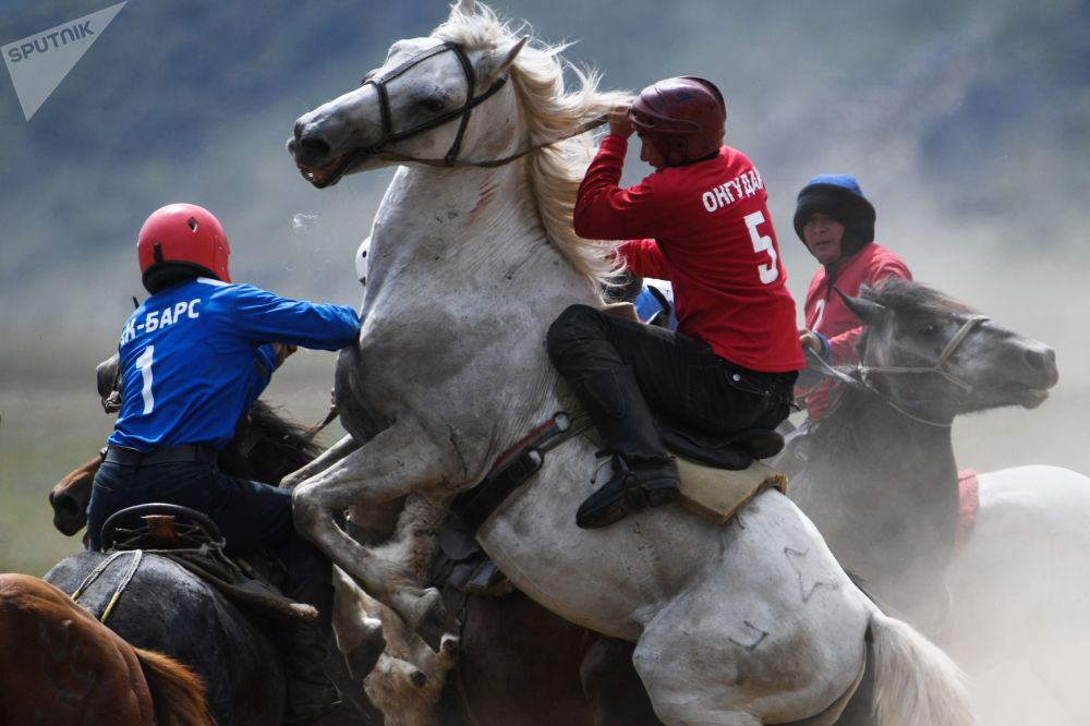 Они вышли в финал и сыграли с действующим чемпионом Алтая — командой Онгудай
