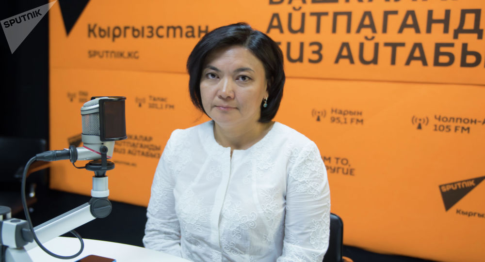 КМЮАнын Жарандык жана үй-бүлө укугу кафедрасынын окутуучусу, адвокат Айжан Жуманалиева