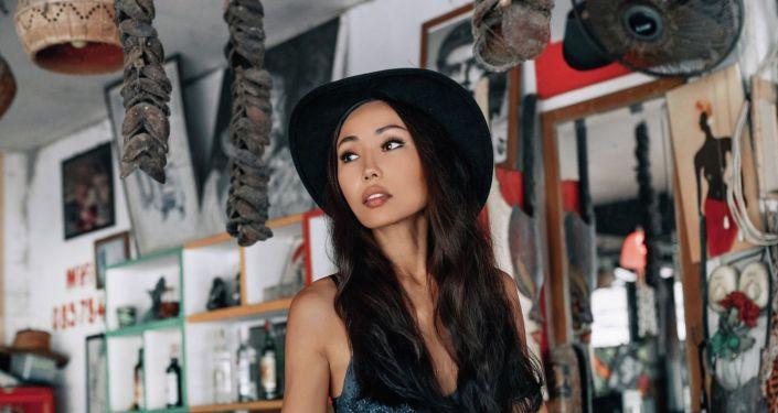 Кыргызстанская певица, работающая в развлекательных заведениях острова Пхукет (Таиланд) Малика Казакова