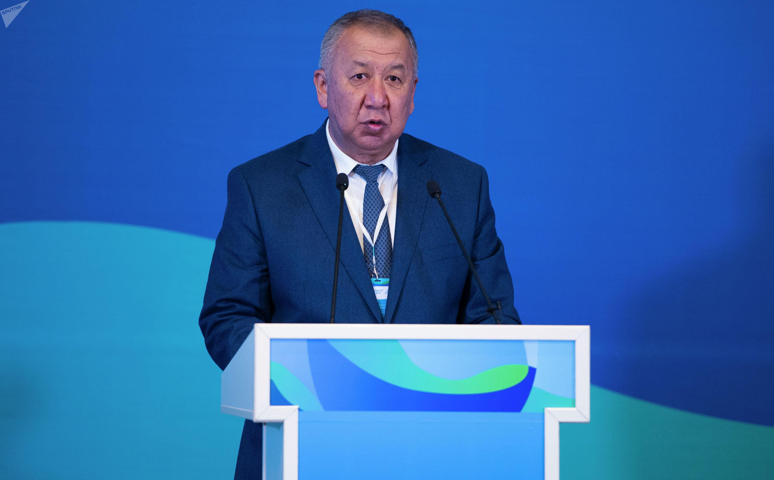 Первый вице-премьер-министр Кыргызской Республики Кубатбек Боронов во время участия в Форуме Чистая Вода для регионов. 23 мая 2019 года