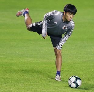 Японский футболист Такефуса Кубо. Архивное фото