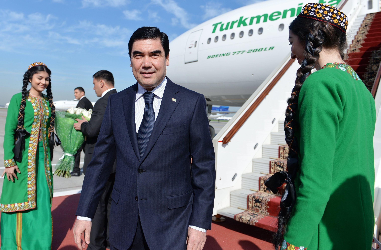 Прилет президента Туркменистана Гурбангулы Бердымухамедова в Москву