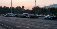 Вид на площадь Ала-Тоо в центре Бишкека во время заката. Архивное фото
