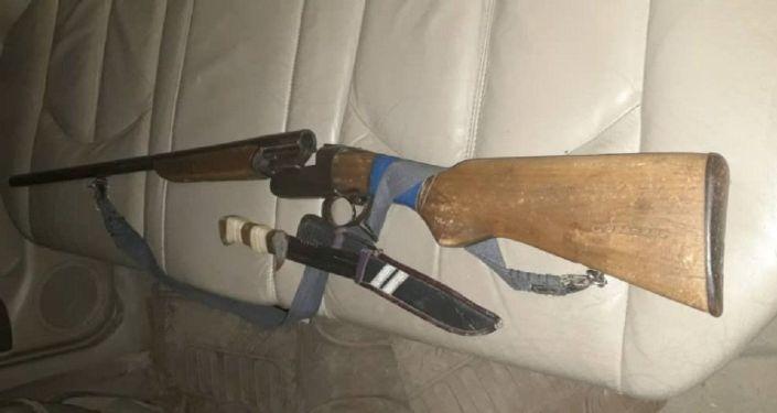 Задержание водителя Lexus с ружьем и ножом