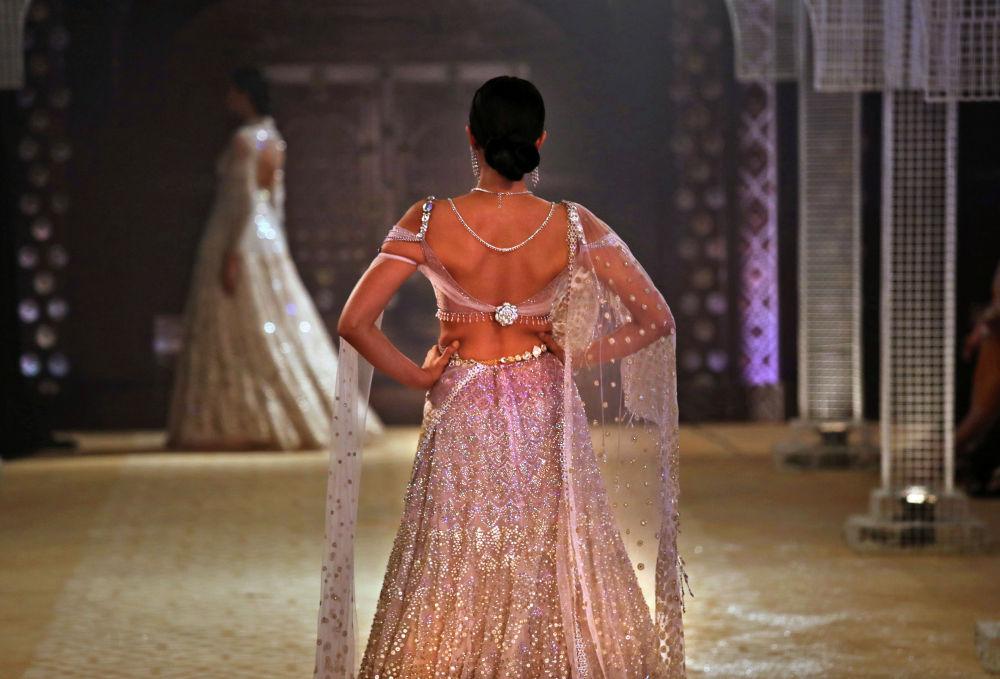 Нью-Дели шаарында Индия модасынын жумалыгы өттү