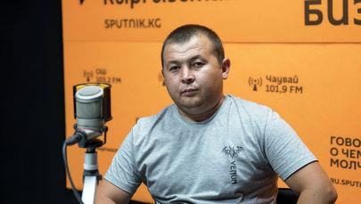 Кыргызстанец Чынгыз Суйунбаев, по словам которого его брата насмерть избили милиционеры