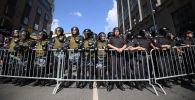 Полиция на несанкционированной акции в Москве. Архивное фото