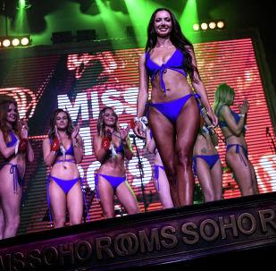 Финалистки ежегодного всероссийского конкурса красоты Miss MAXIM 2019 в ночном клубе Soho Rooms в Москве