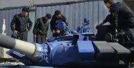 Сборная команда Кыргызстана получила гильзу синего цвета, это означает, что кыргызстанцы будут выступать на синих машинах на международном чемпионате Танковый биатлон