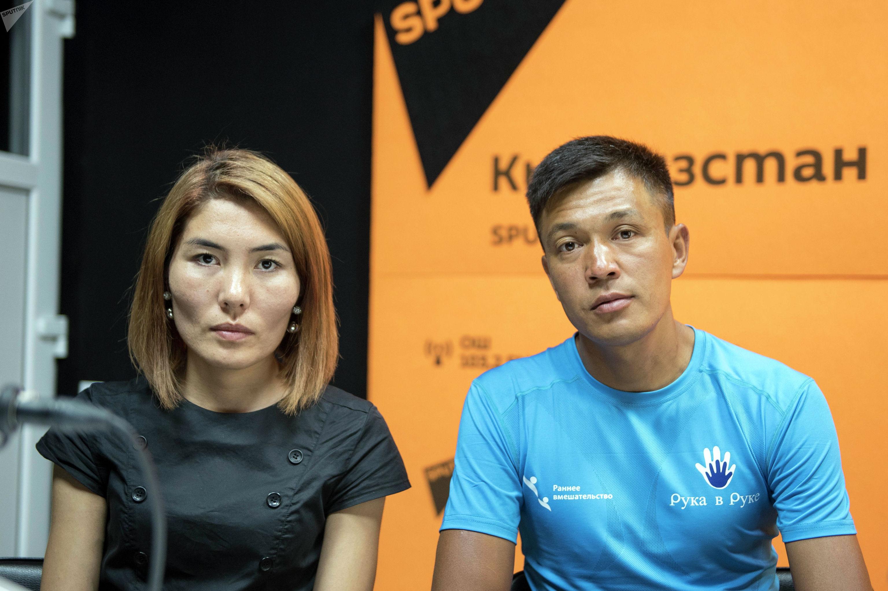 Кыргызстанец Мирлан Ишенов с супругой Касиет Унжурбаевой