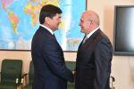 Премьер-министр Кыргызской Республики Мухаммедкалый Абылгазиев встретился с Чрезвычайным и Полномочным Послом Российской Федерации в Кыргызской Республике Николаем Удовиченко.