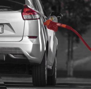 За 13 минут вы узнаете, на каких автозаправках в Бишкеке и Чуйской области недоливают бензин. Это полное видео расследования Sputnik Кыргызстан и Финпола.