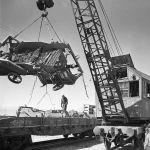 Балыкчы станциясындагы айыл чарба машиналарын түшүрүү. 1966-жыл