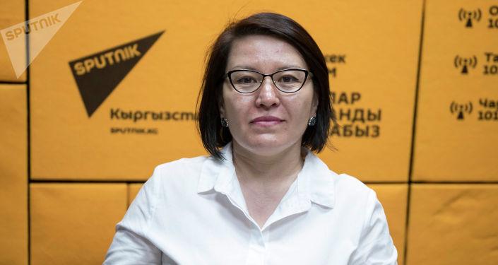 Член Свердловской областной общественной организации Кыргызстан — Урал в Екатеринбурге Гульшан Доолонбаева