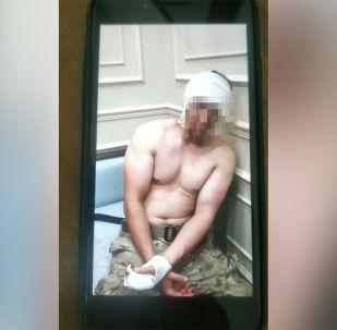 Вчера, 7 августа, спецназ ГКНБ штурмовал дом бывшего президента Алмазбека Атамбаева в Кой-Таше. Штурм был отбит. Несколько спецназовцев попали в плен. Видео предоставили сторонники Атамбаева.