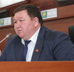 ЖК депутаты Мирлан Жээнчороев. Архив