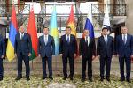 Президент Кыргызской Республики Сооронбай Жээнбеков в Чолпон-Ате встретился с главами делегаций Евразийского межправительственного совета (ЕМПС) ЕАЭС. 9 августа 2019 года