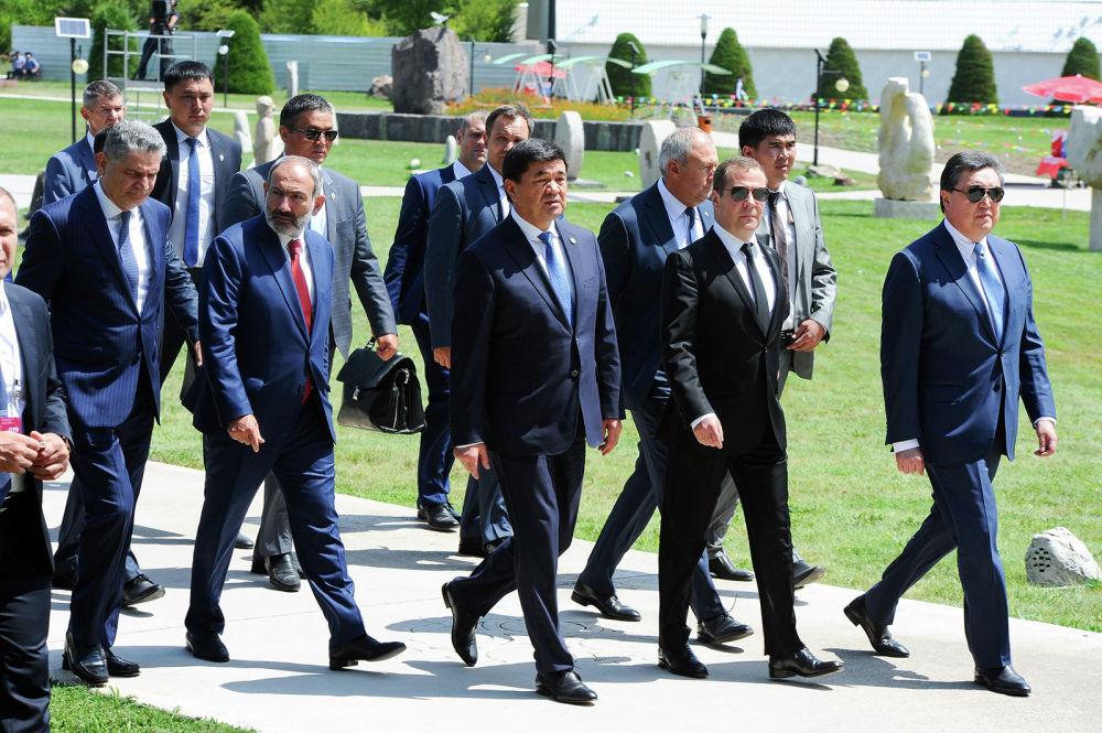 Участники встречи прилетели на Иссык-Куль вечером 8 августа