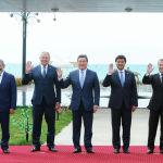 9 августа в Чолпон-Ате прошло заседание Евразийского межправсовета. Юбилейное заседание глав правительств стран Евразийского экономического союза проходило в культурно-этнографическом комплексе Рух-Ордо.
