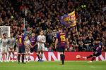Аргентинский нападающий Барселоны Лионель Месси забивает гол в полуфинальном матче первого этапа Лиги чемпионов УЕФА по футболу между Барселоной и Ливерпулем на стадионе Камп Ноу. Барселона 1 мая 2019 года