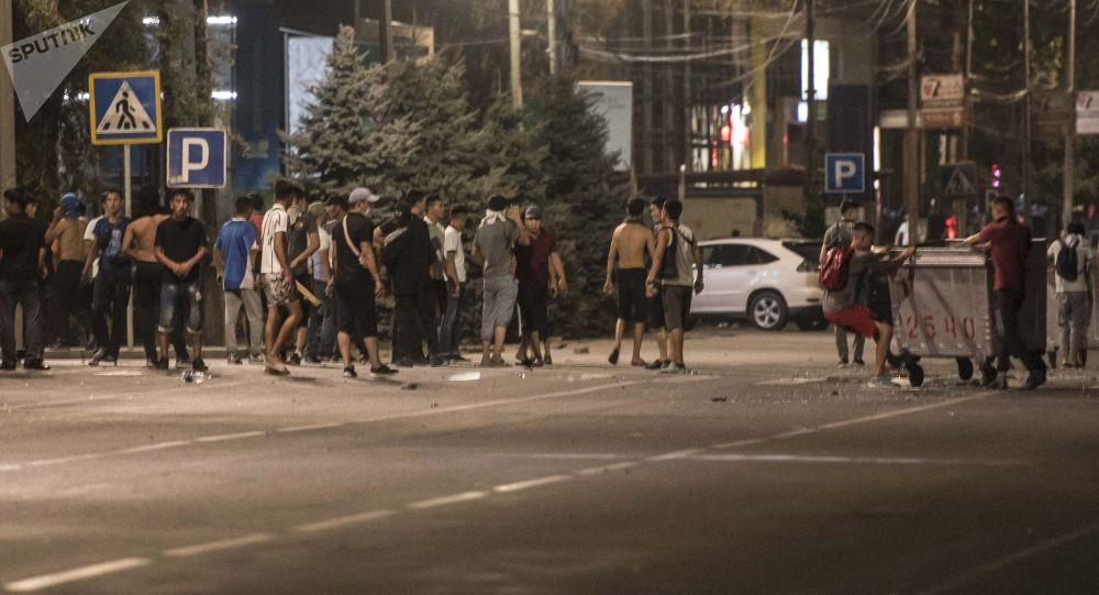 Бишкекте башаламандык. Архивдик сүрөт