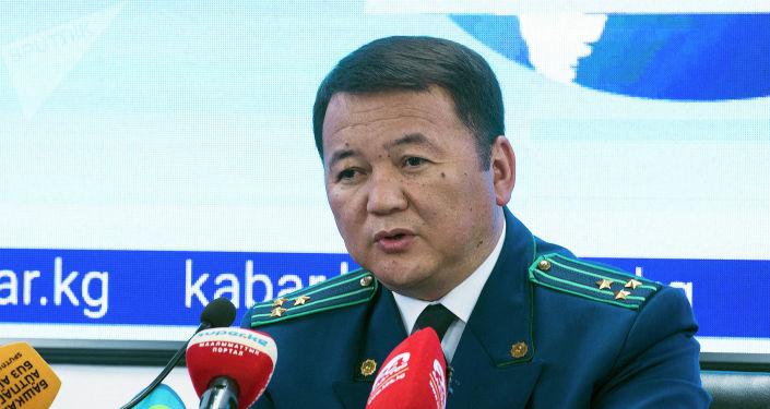 Генеральный прокурор Откурбек Жамшитов на пресс-конференции о ситуации с задержанием бывшего президента Алмазбека Атамбаева