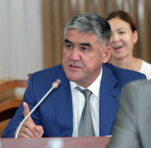 Ички иштер министринин мурунку орун басары Курсан Асанов. Архив