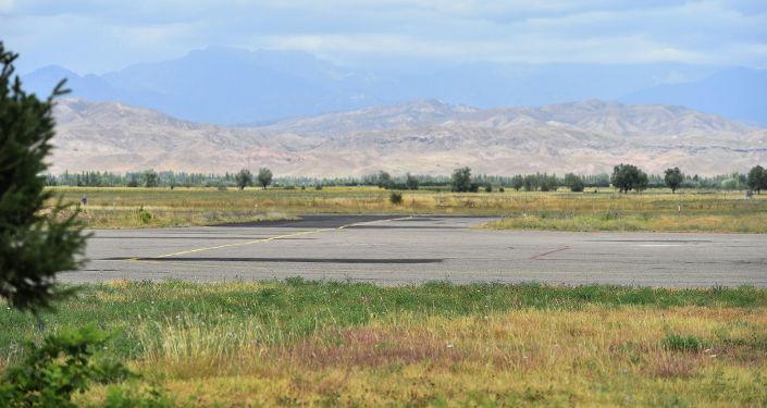 Посадочная площадка нового здания аэропорта в городе Кербен Аксыйского района.
