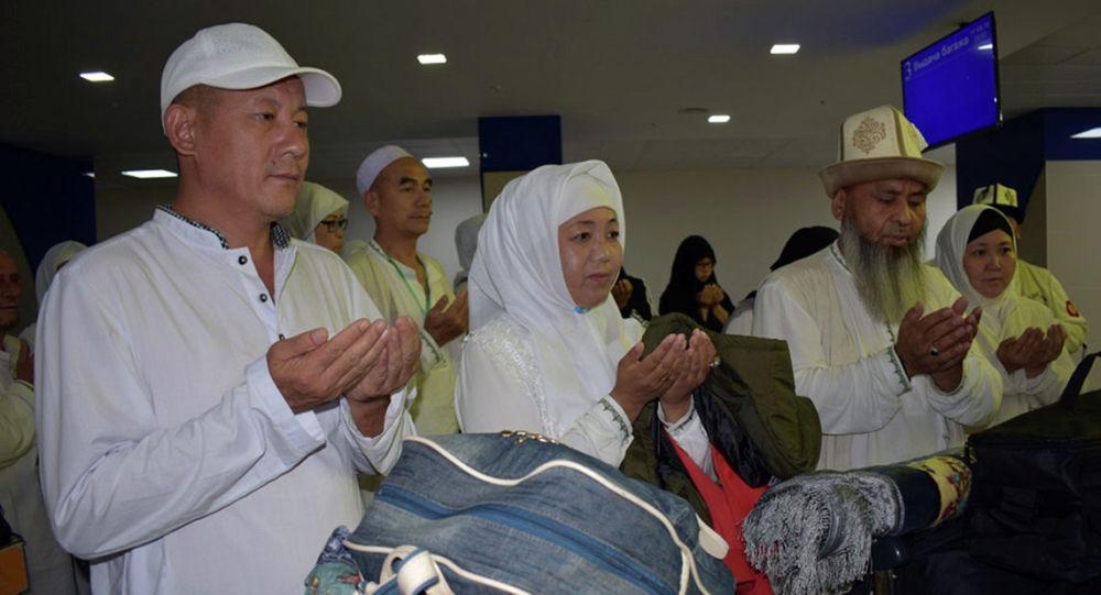 Возвращение кыргызстанцев из Хаджа рейсом Джидда — Бишкек