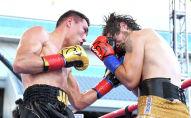 Казахстанский боксер Жанибек Алимханулы одолел канадца Стюарта МакЛеллана в рамках вечера бокса в Лос-Анджелесе
