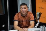 Эксперт Совета по развитию бизнеса и инвестициям Азамат Акенеев во время интервью