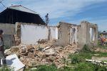 Снос незаконно возведенных домов, заборов и магазинов в Бишкеке